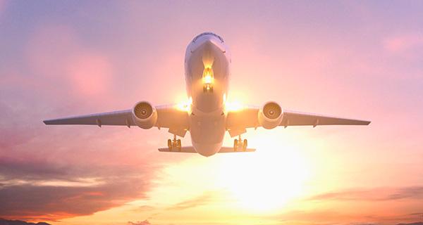 空运安全便捷的优势
